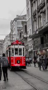 Tram am Taksim Platz